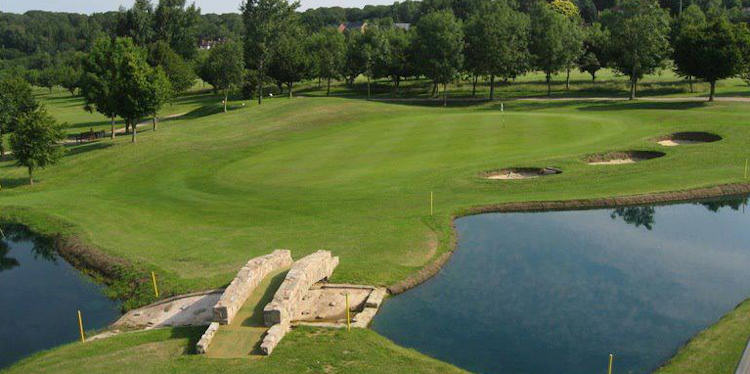 Forest Hills Golf Club (Gloucestershire)