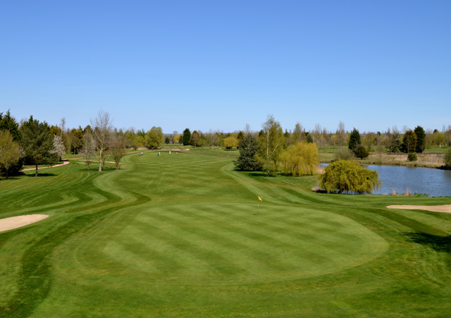Lakeside Lodge Golf Centre (Cambridgeshire)
