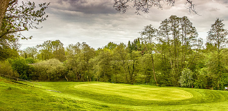 Petersfield Pay & Play Golf Club 12 Hole