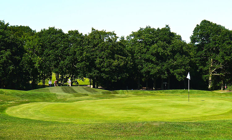 Slinfold Park Golf & Country Club